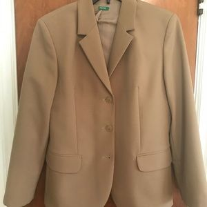 Women's 3-button Benetton Tan Blazer Size 46